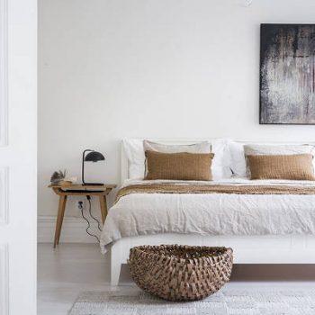 Slaapkamer met sustainable beddengoed van ByMölle