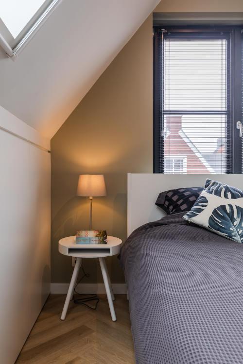 interieurontwerp, zolderkamer, slaapkamer