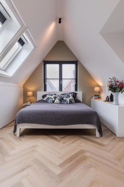 interieurontwerp, zolderkamer, maarssen, slaapkamer, master bedroom, verbouwing